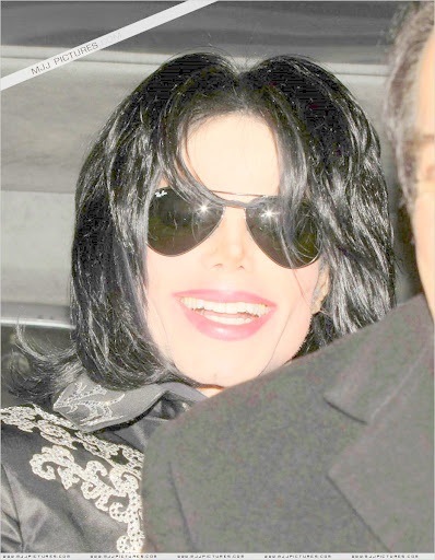 Michael's Smile and the O2 Imposter 013