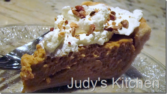 Judy 39 s kitchen better homes and gardens pumpkin pie for Better homes and gardens pie crust