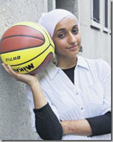 Sura al-Shawk n'a pas obtenu le droit de garder son foulard pendant les tournois. Photo Zoé Jobin