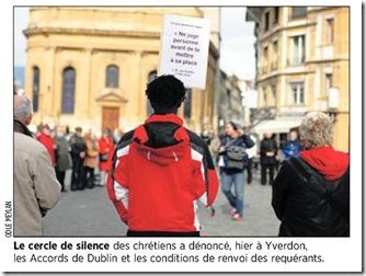 Cercle de silence à Yverdon. Photo Odile Meylan dans 24 Heures