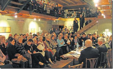 Salle comble lundi soir pour débattre du dernier Chessex