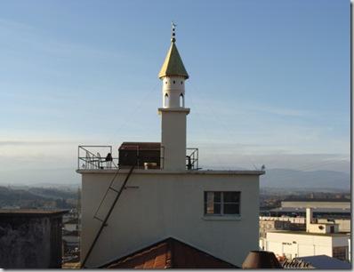 Le faux minaret construit à Lausanne par Guillaume Morand (DR)
