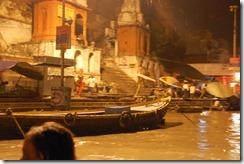 India 2010 -Varanasi  ,  paseo  nocturno  - 20 de septiembre   47