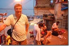 India 2010 -Varanasi  ,  paseo  en barca por el Ganges  - 21 de septiembre   19