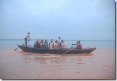 India 2010 -Varanasi  ,  paseo  en barca por el Ganges  - 21 de septiembre   46