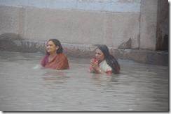 India 2010 -Varanasi  ,  paseo  en barca por el Ganges  - 21 de septiembre   59