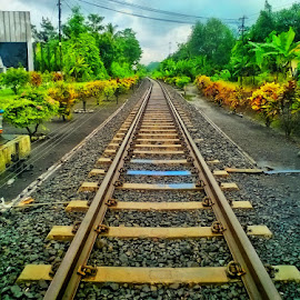 rel stasiun klakah by Dwi Haris Fitriansyah - Instagram & Mobile Other