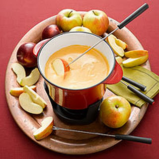 Apple-Cheddar Fondue