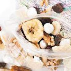 Banana Split Trail Mix