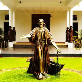 LORD JESUS by R.P. Perera - Buildings & Architecture Statues & Monuments ( jesus, statues, architecture )