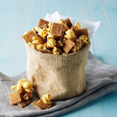 Shreddies Nuts and Fluff Snack Mix