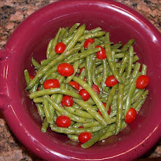 Green Beans and Tomatoes in a Pesto Vinaigrette