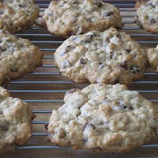 Chocolate Chip Raisin Oatmeal Cookies