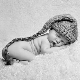 by Ashley Ide - Babies & Children Babies ( baby portrait, newborn photography, newborn shoot, newborn )