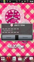 Screenshot of [FREE]CUTE QLOCK LWP Baby Pink