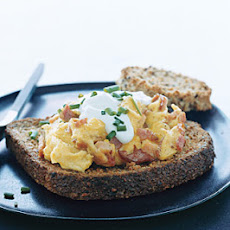 Multigrain Toasts with Scrambled Eggs and Canadian Bacon