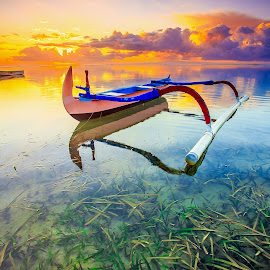 Karang beach by Didik Putradi - Landscapes Sunsets & Sunrises ( nature, sunrise, beach, morning, boat )