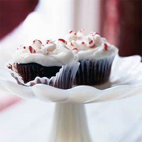 Peppermint Ice Cream Cupcakes with Chocolate Peppermint Frosting ...