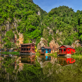 Beyond the Earth by KIN WAH WONG - Landscapes Travel ( hills, huts, resorts, travel location, lake, malaysia, scenic, landscape, perak, ipoh, travel photography )