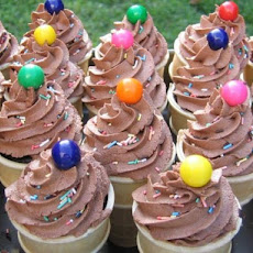 Wilton's Chocolate Buttercream Icing, Decorator Icing/Frosting