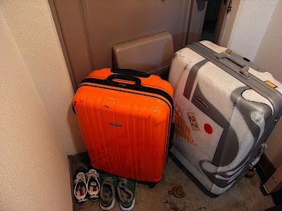 maletas para viajar en avión a españa スペインまで飛行機で行くためのスーツケース suitcases for flying to spain