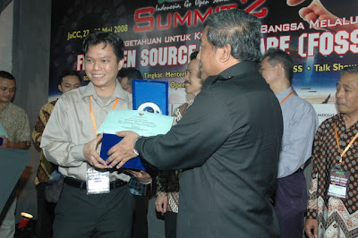 Government Award for Ubuntu Indonesia