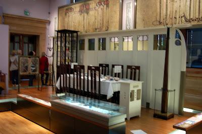 Mackintosh room setting