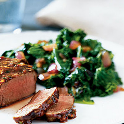 Kale with Caramelized Onion