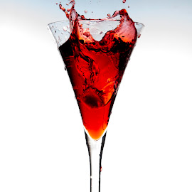 Upsss... by Ania Ciolacu - Food & Drink Alcohol & Drinks ( water, red, splash, drink, glass )