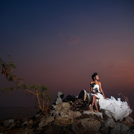 With Sunset by Tim Chong - Wedding Bride ( sunset )