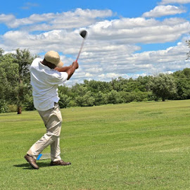 Perfect form...every time! by Kathy Suttles - Sports & Fitness Golf