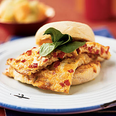 Smoked Mozzarella, Spinach, and Pepper Omelet Sandwiches