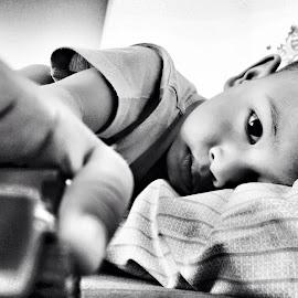 Eyes  by Malisa Octaveni - Babies & Children Child Portraits
