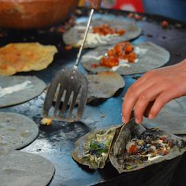 Mercado viejo by Brian  Boyle - Food & Drink Cooking & Baking ( viejo, photograph, mercado, mexico, handmade, comida, photography, street food, blue corn tortilla, photographer, cooking, mano, bb )