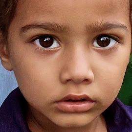 GREAT BIG DARK EYES by Doug Hilson - Babies & Children Children Candids ( face, little girl, punjab, india, portrait )