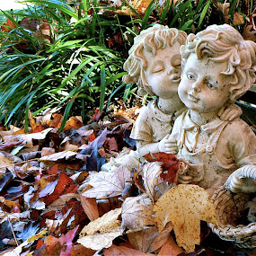 I love you in the Fall by Peter DiMarco - Artistic Objects Other Objects ( marble, statue, art, statue and leaves, art object,  )