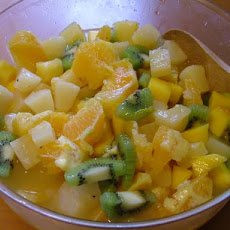 Fat Free Fresh Tropical Fruit Salad