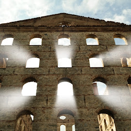 SunShine ... by Murat Can - Buildings & Architecture Public & Historical ( old, building, suset, sunshine, istanbul, sunlight, sun )
