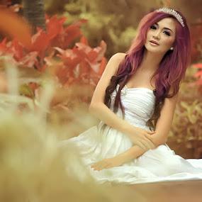 by Alwan Tafsiri - Wedding Bride