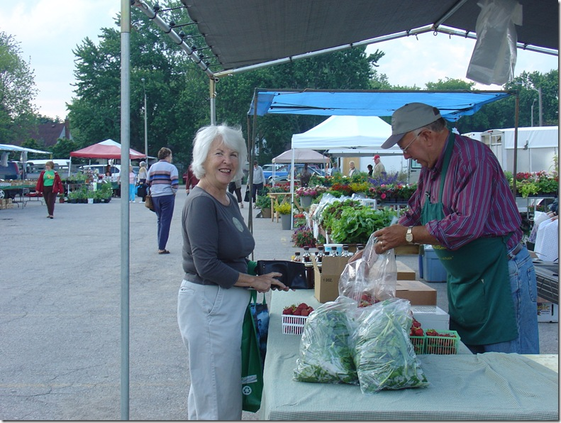 Shoppiing at the Stratford Farmers Market