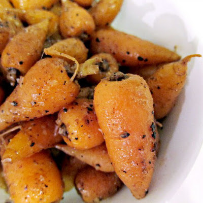 Quatre Épices Glazed Carrots