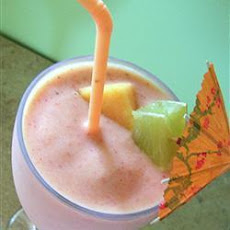 Cantaloupe Melon and Berry Smoothie