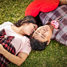 Precious Moment in life by Irwan Budiarto - People Couples ( love, pre wedding, couple,  )