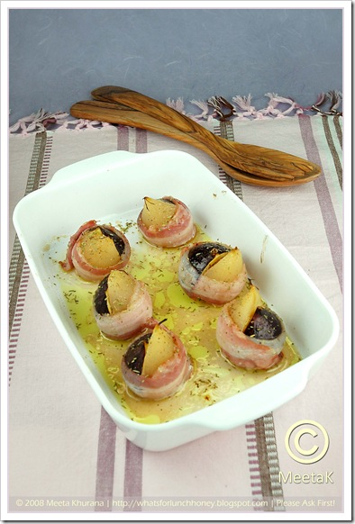 Fig Pear-Bacon wraps (01) by MeetaK