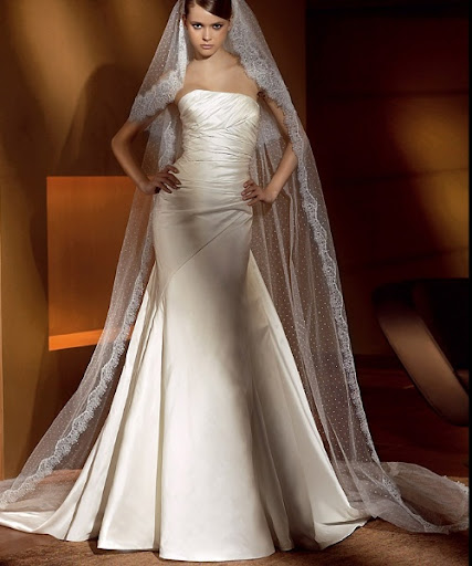 Ivory Wedding Dress 11