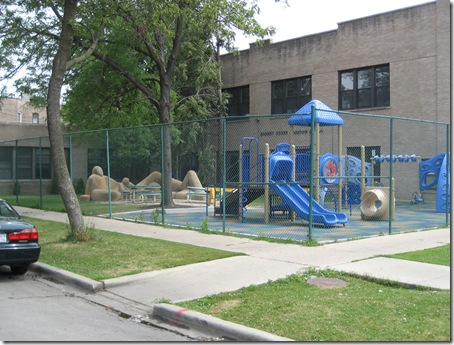 Boys n girls club statue park 003
