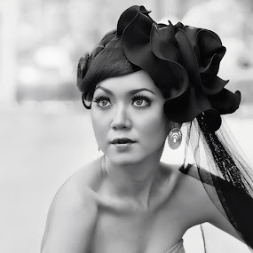 by Van Condix - Black & White Portraits & People