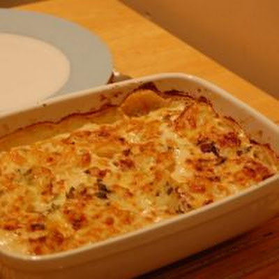 Potato Dauphinoise With Chicken