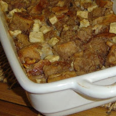 Linda's Apple and Nut Bagel Pudding