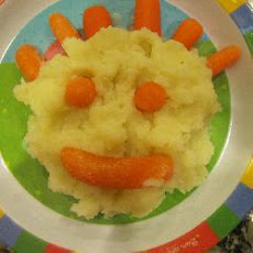 Mashed Potatoes with Baby Carrots
